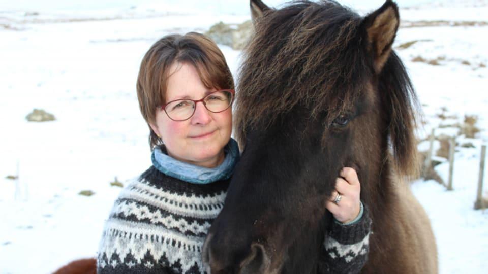 Monika Rudin-Burgess liebt die wilde Landschaft der Shetland Inseln.