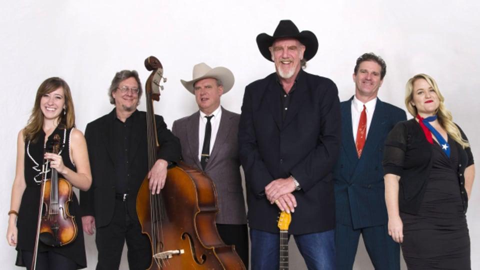 Ray Benson (3.von rechts) pflegt mit seiner Band seit über 50 Jahren den immer noch beliebten Western Swing.