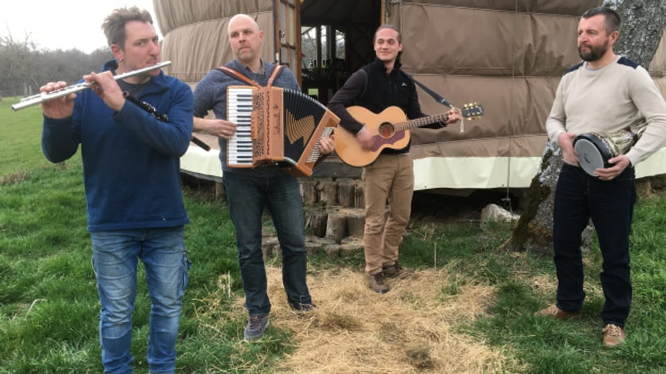 Babüsk - eine Folk-Pop-Band aus dem Elsass