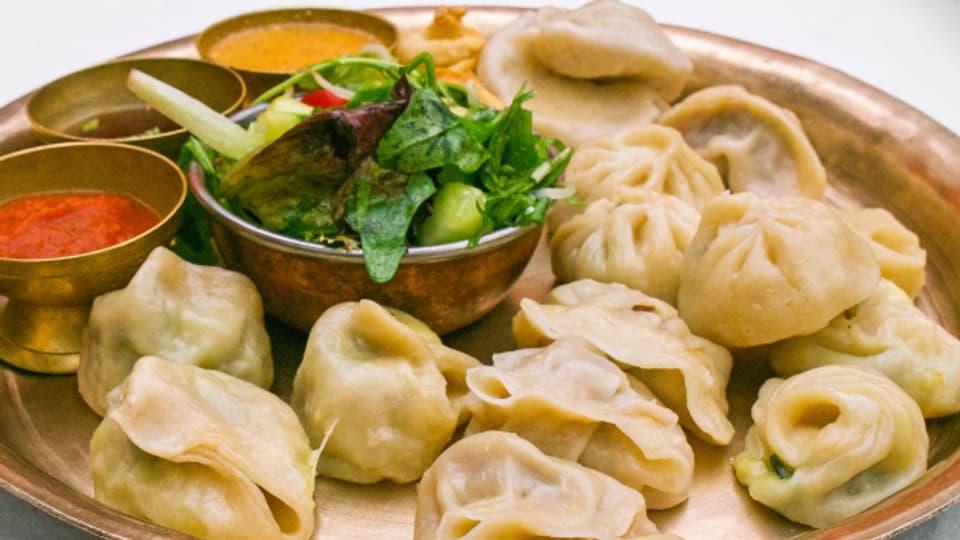 Momos sind in der ganzen Himalaya-Region beliebtes Alltagsgericht.