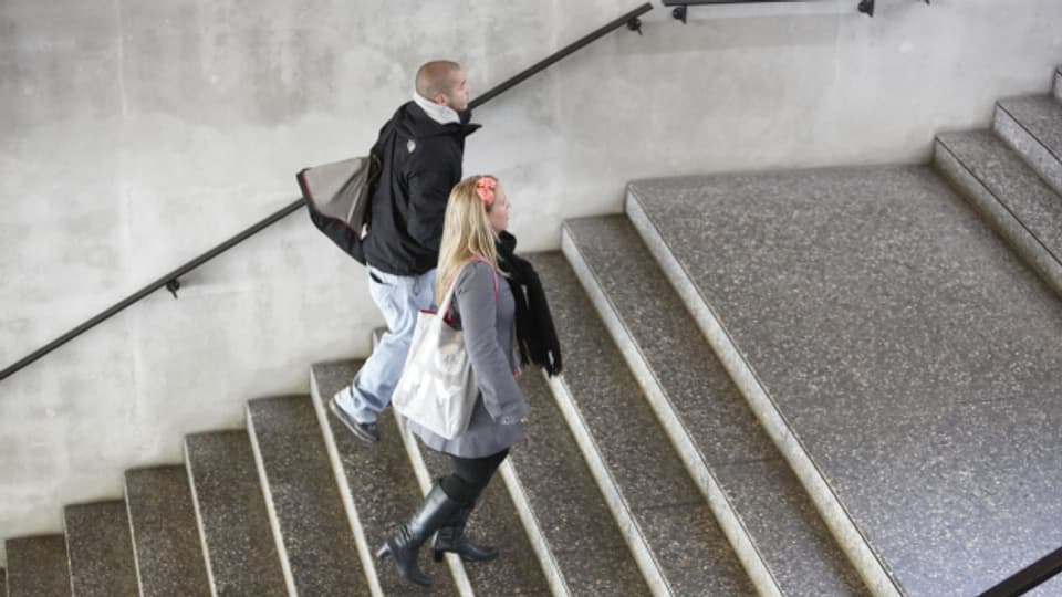 Treppensteigen: Eine niederschwellige Alltagsbewegung