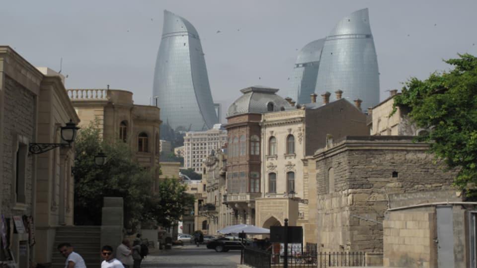 Die Flammen-Türme in Baku sind zum neuen Wahrzeichen der Hauptstadt geworden.