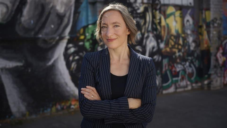 Autorin Ruth Schweikert.