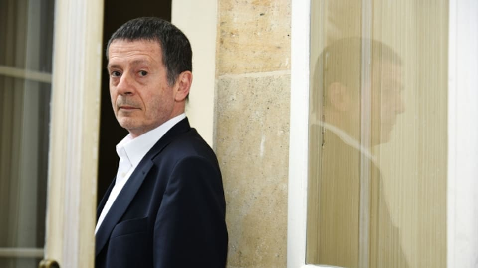 Der französiche Lyriker und Romancier Hédi Kaddour wurde 1945 in Tunis geboren.
