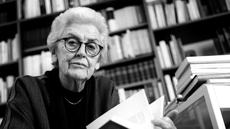 Die Schriftstellerin und Journalistin Laure Wyss.