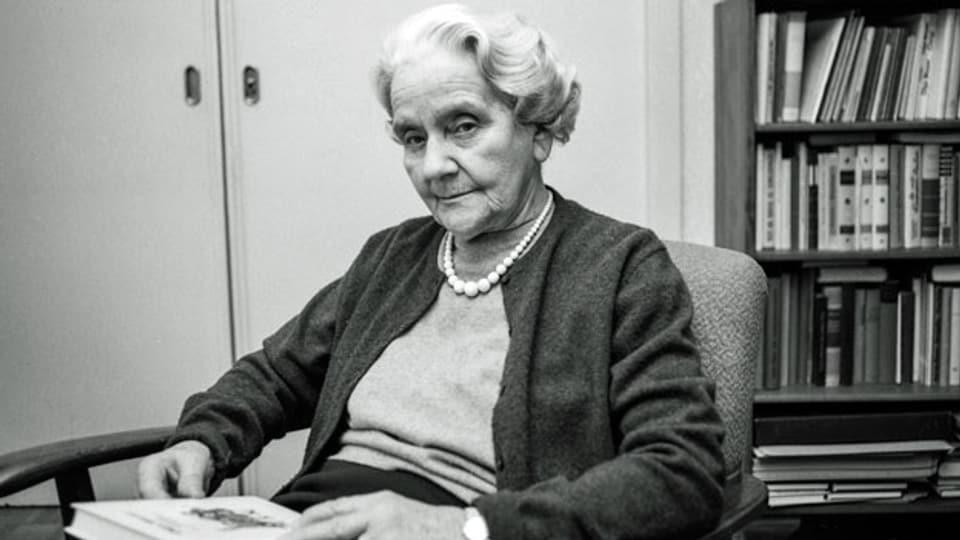 Die Jugendbuchautorin Olga Meyer (1889-1972), aufgenommen am 18. April 1969.