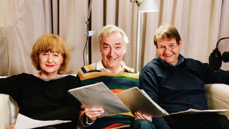 Im Hörspielstudio: Doris Wolters (Angela), Ueli Jäggi (Thomas), Hanspeter Müller-Drossaart (Lukas).