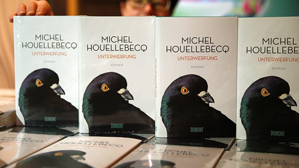 Buchexemplare von Michel Houellebecqs neuem Buch «Unterwerfung».