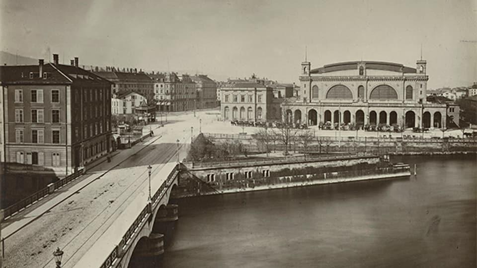 Der Hauptbahnhof Zürich, fotografiert von Romedo Guler um 1883.