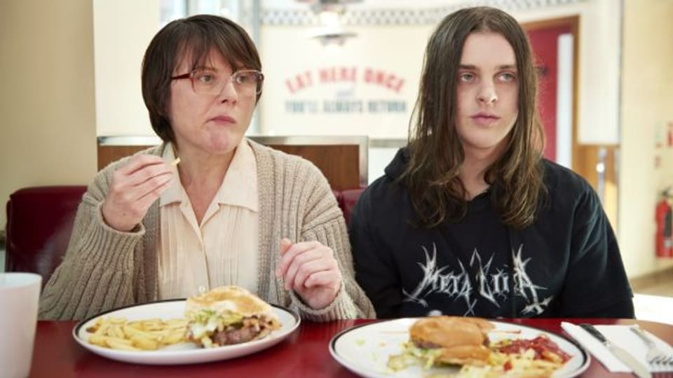 Monica Dolan und Earl Cave in «Days of the Bagnold Summer»