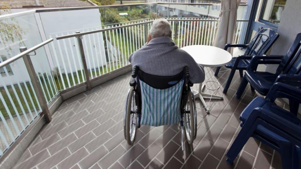Wer pflegt die dementen Menschen?