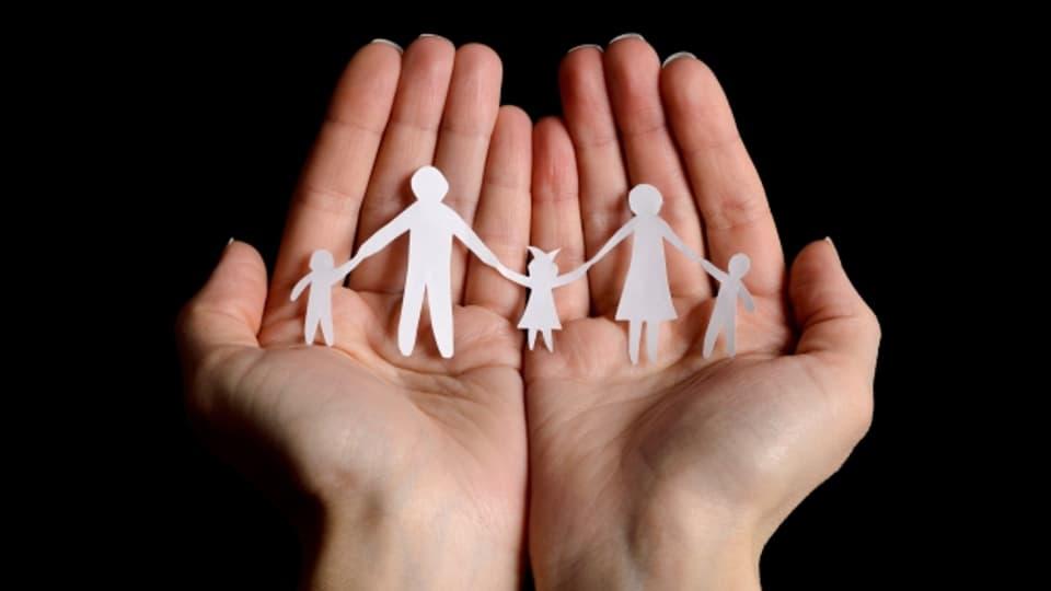 Oft muss bei modernen Familien die Frau das Familienglück tragen.