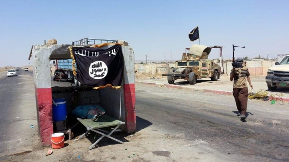 Nicht nur in Syrien und dem Irak, auch in Europa und den USA ist das selbsternannte Kalifat tätig.