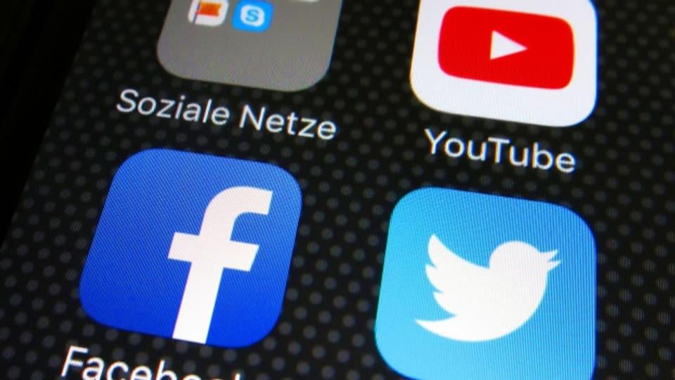 Neben Facebook, Youtube und Twitter – Wie erhalten wir uns gesundes Zweifeln und eine satirische Grundhaltung, ohne den Boden gänzlich zu verlieren?