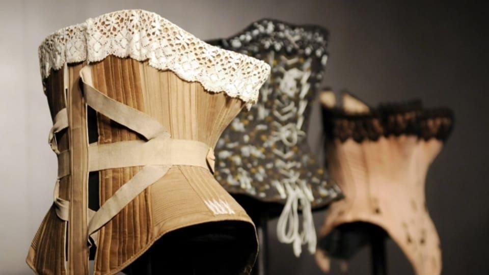 Historische Dessous erzählen Mode- und Körpergeschichte