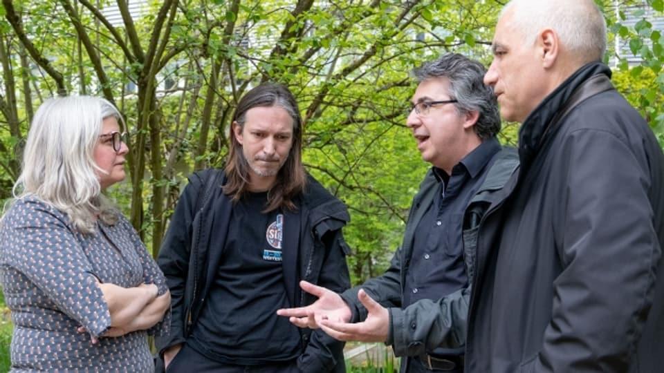 Historikerin Monika Dommann, Autor Etrit Hasler, Andreas von Gunten und Jean-Marc Hensch.