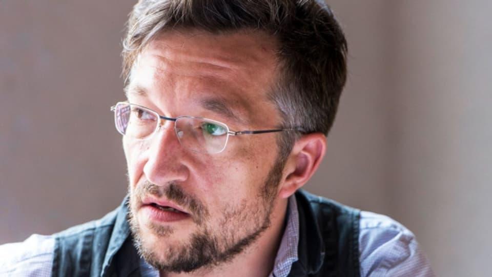 Lukas Bärfuss löste mit seinem Essay «Die Schweiz ist des Wahnsinns» heftige Reaktionen aus.