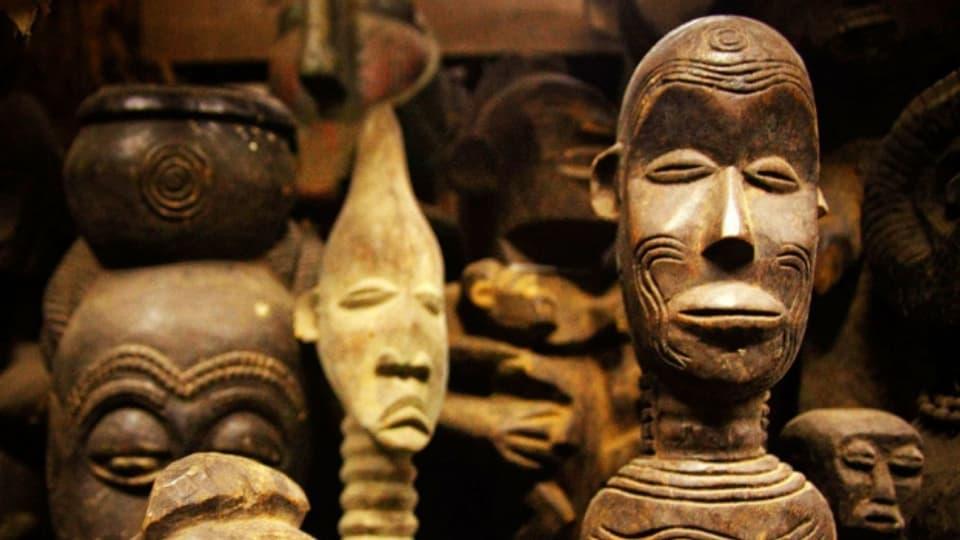 Was macht man mit der Beutekunst aus Afrika?