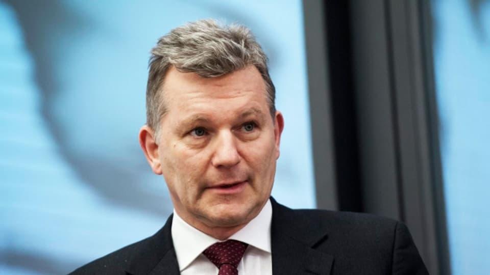 Walter Leimgruber meldet sich immer wieder in der Öffentlichkeit und engagiert sich als Präsident der Eidgenössichen Kommission für Migrationsfragen.