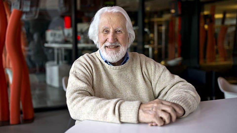 Klaus Huber 2010 im Radiostudio Zürich. Er wird dieses Jahr 90 Jahre alt.