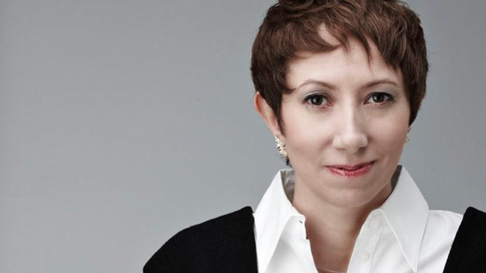 Shereen El Feki wurde als Tochter eines ägyptischen Vaters und einer englischen Mutter in Oxford geboren.