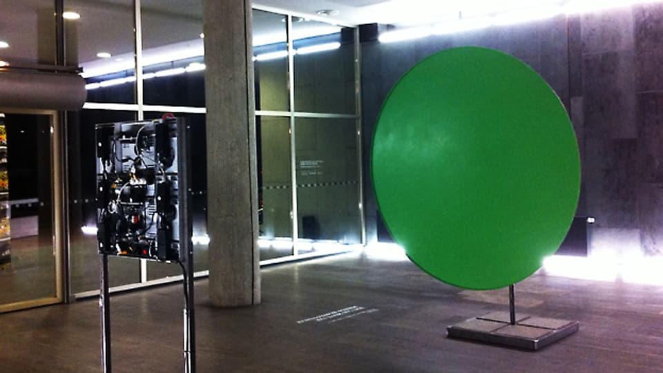 Musik als Folterwaffe: Installation «Stalker 2» von Anke Eckhardt im Berliner Haus der Kulturen der Welt.