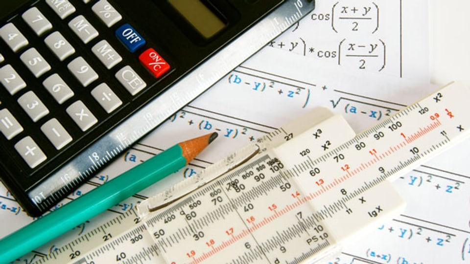 Mathematik ist für viele Gymnasiasten kein einfaches Fach.