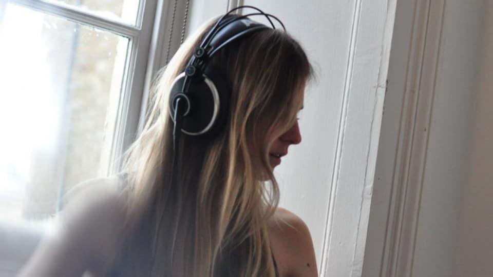 Der Basler Night Talk hat aus ihrem Track «Burning Out» eine Sunset-Hymne gemacht