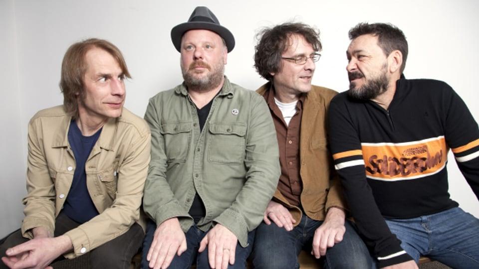 Andere wurden weltberühmt, sie sind dafür heute noch geliebte Szenehelden: Mudhoney um Sänger Mark Arm (links).