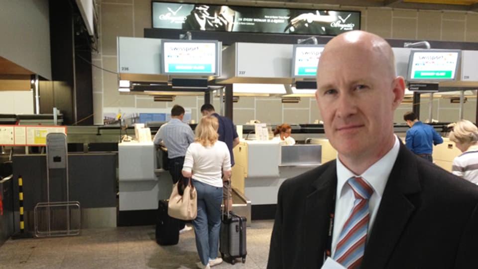Thomas Jaggi ist am Flughafen Zürich verantwortlich, dass alle Gepäckstücke in der vorgegebenen Zeit ihr Ziel erreichen.