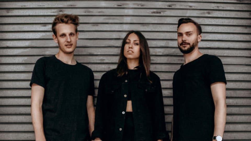 WE ARE AVA sind Frontfrau Kim Lemmenmeier, Keyboarder Nicola Holenstein und Schlagzeuger Andy Schwendener