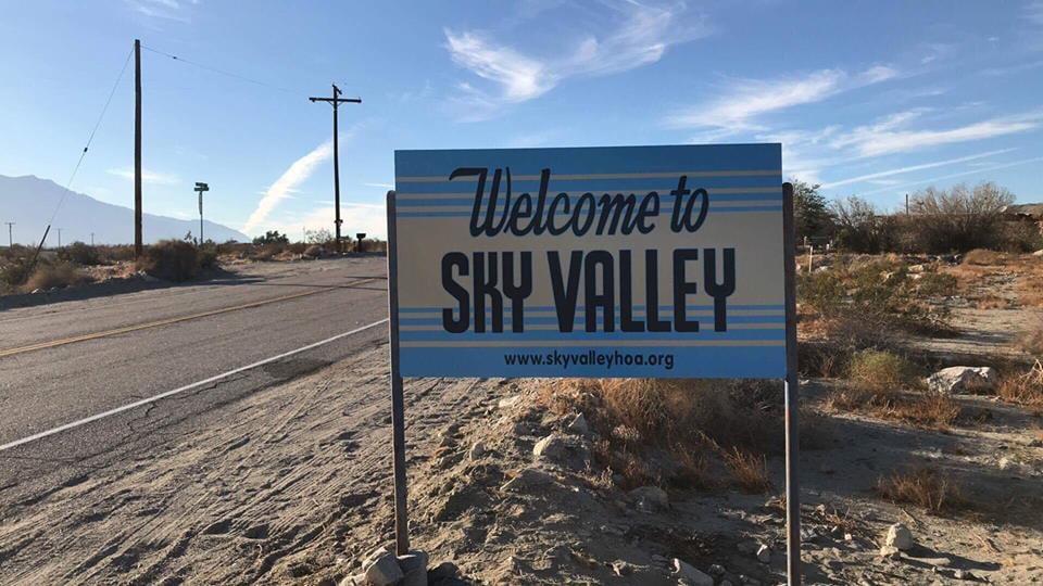 Sky Valley: Diese Ortstafel schmückt auch das gleichnamige Kyuss-Album