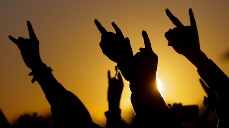Mano Cornuta: Das beliebteste Handzeichen im Rock-Universum