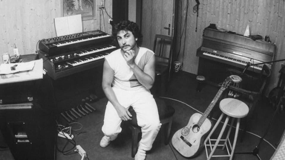 Metin Demiral von Café Türk in den 80er-Jahren in seinem Studio.