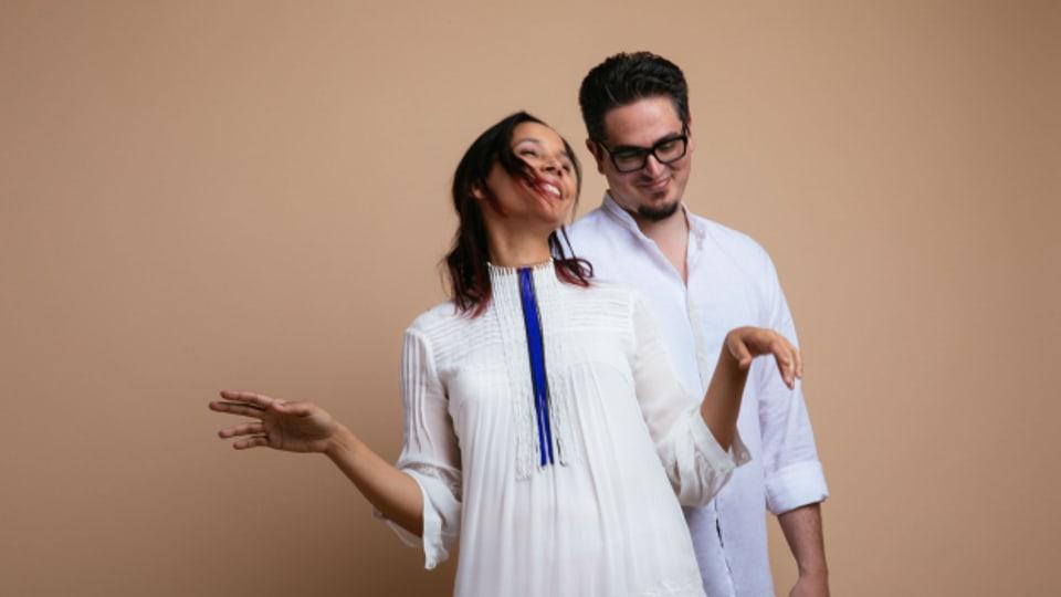 Rhiannon Giddens mit Francesco Turrisi und ihrem neuen Album «They're Calling Me Home».(