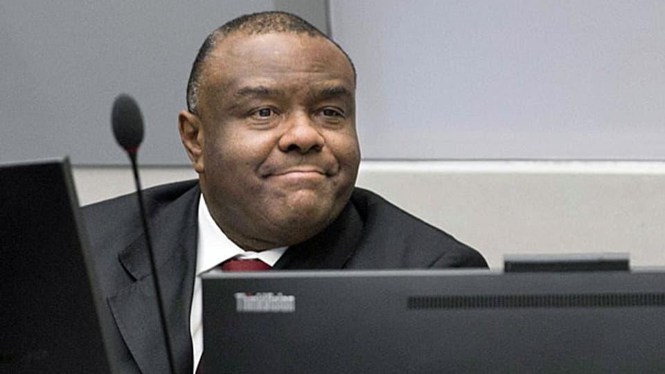 Der ehemalige Vizepräsident der Demokratischen Republik Kongo ist ein Kriegsverbrecher. Der ICC hat erstmals einen so ranghohen Politiker für schuldig befunden. Bild: Jean-Pierre Bemba am 21. März in Den Haag.
