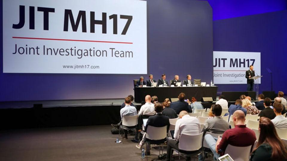 Das Joint Investigation Team (JIT) informiert über die neuesten Entwicklungen bei der Untersuchung des Angriffs mit einer Buk-Rakete auf die MH17.