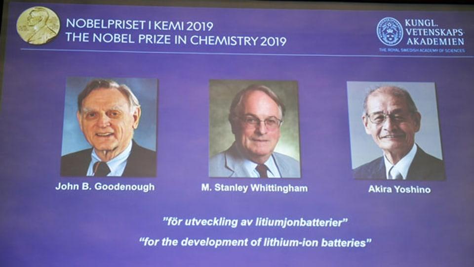 Die Chemie-Nobelpreisträger John B. Goodenough, M. Stanley Whittingham und Akira Yoshino (von links nach rechts).