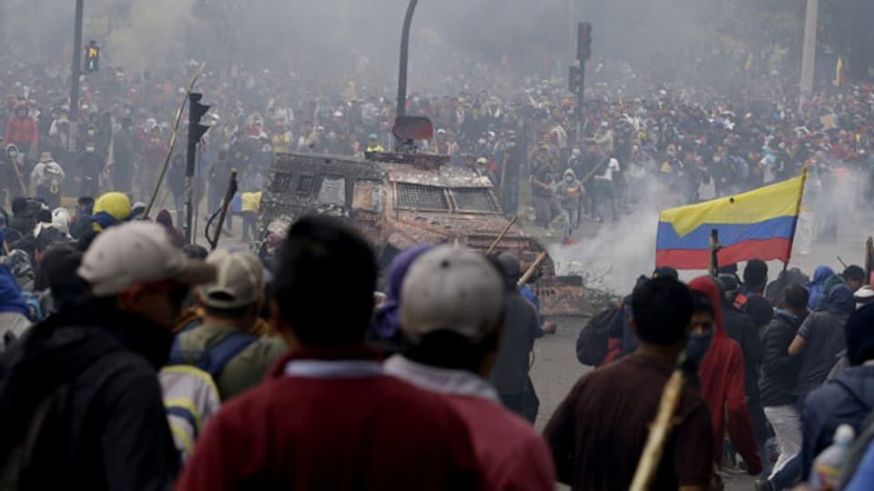 Unruhen in der ecuadorianischen Hauptstadt Quito.