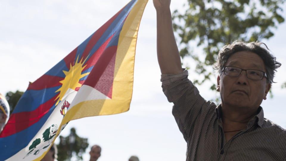 Demonstranten fordern im September 2018 in Bern, dass die Schweiz die Grundrechte der Tibeter schützt.