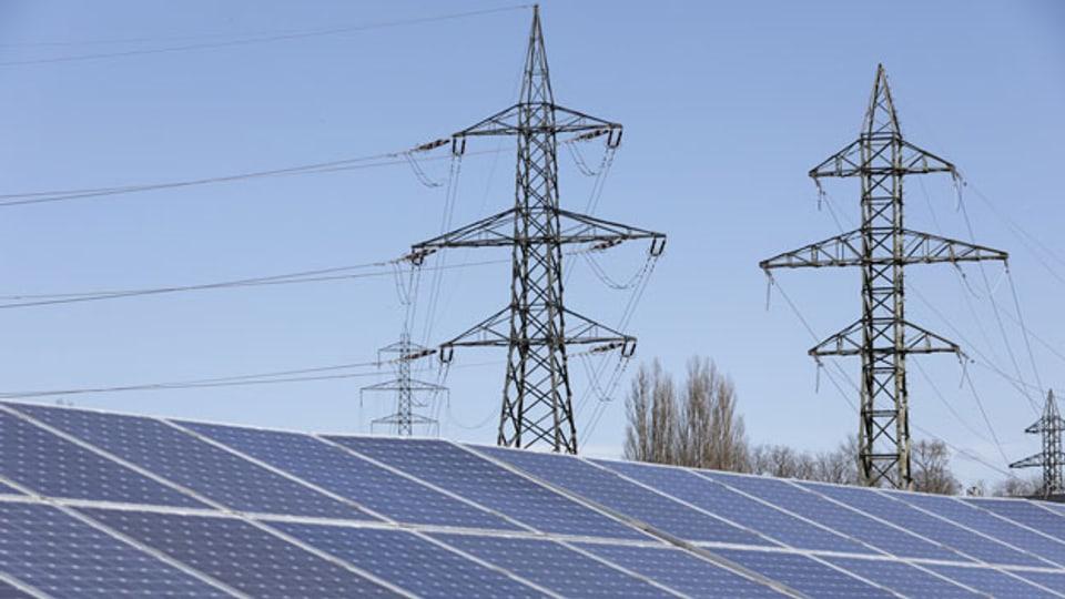 Weil die Atomenergie ersetzt werden muss, müssen die erneuerbaren Energien, vor allem die Sonnenenergie, die Fotovoltaik, massiv ausgebaut werden. Aber auch bei der Wasserkraft braucht es ein Wachstum.