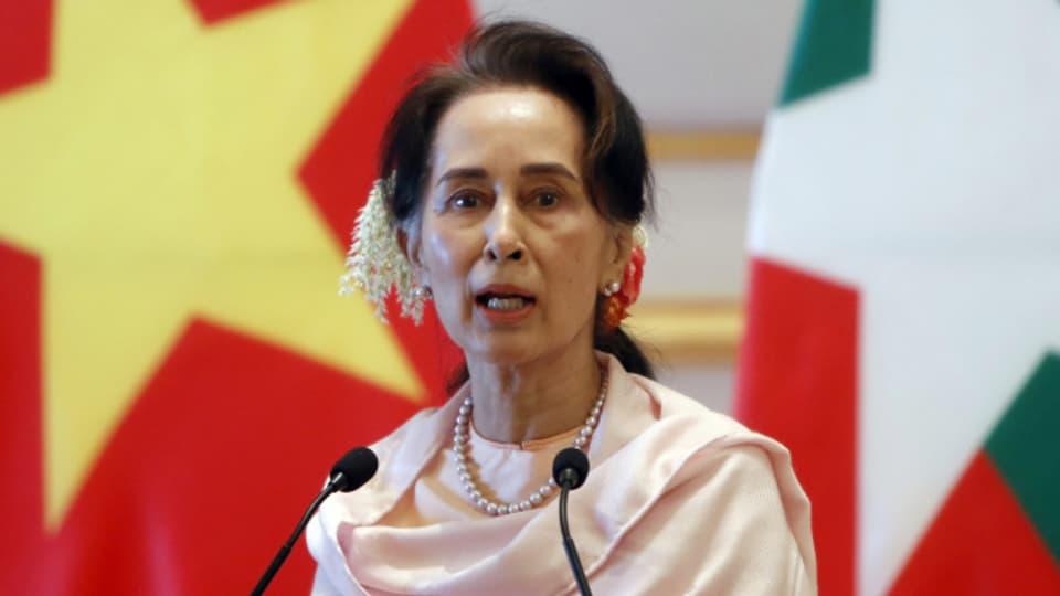 In Burma hat das Militär mit einem Putsch die Macht übernommen.