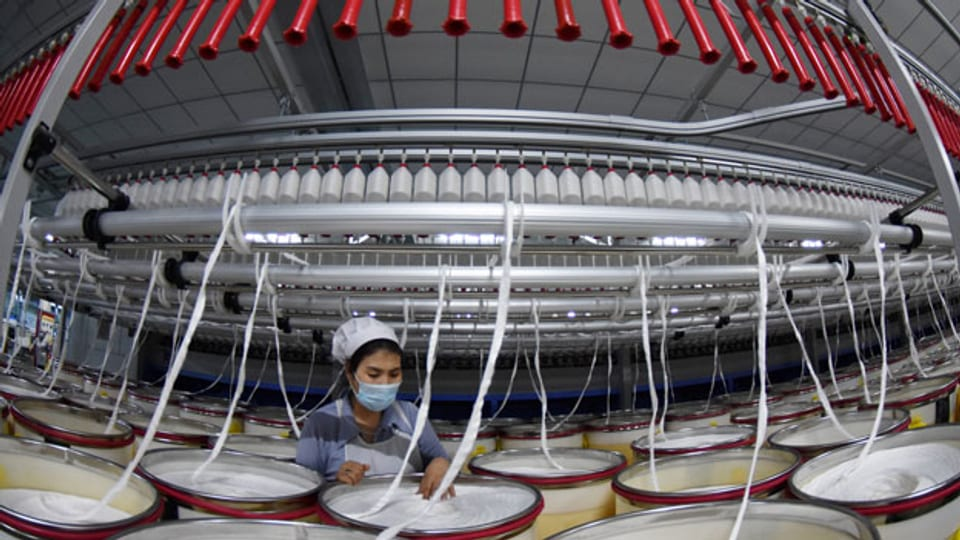 Blick in eine Textilfabrik in Xinjiang.