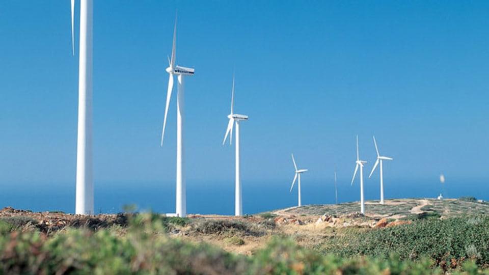 Windräder auf der griechischen Insel Kreta.