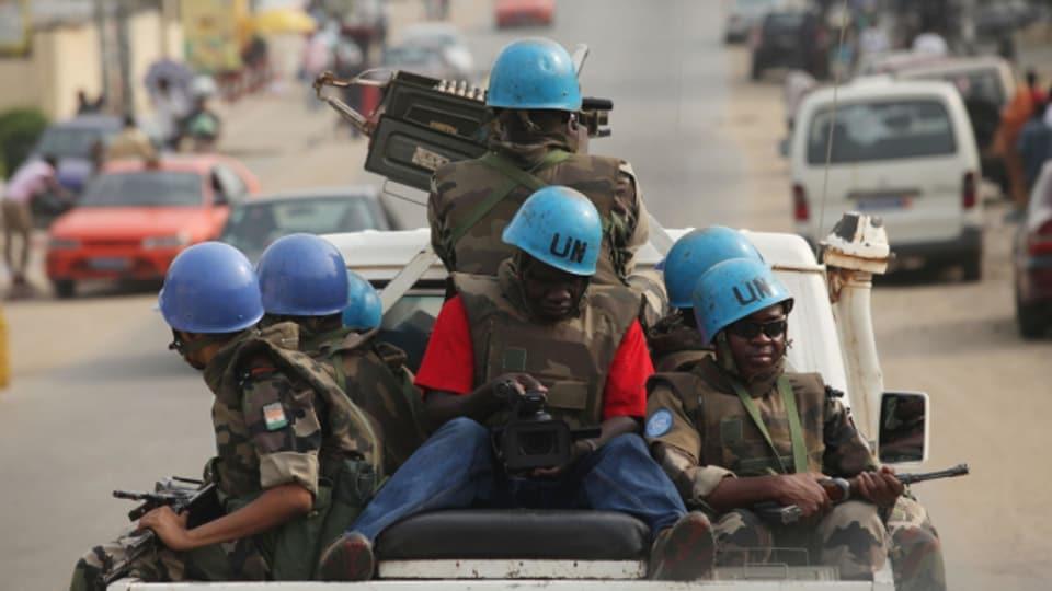 Blauhelme von Niger in Abidjan, Elfenbeinküste 2011.