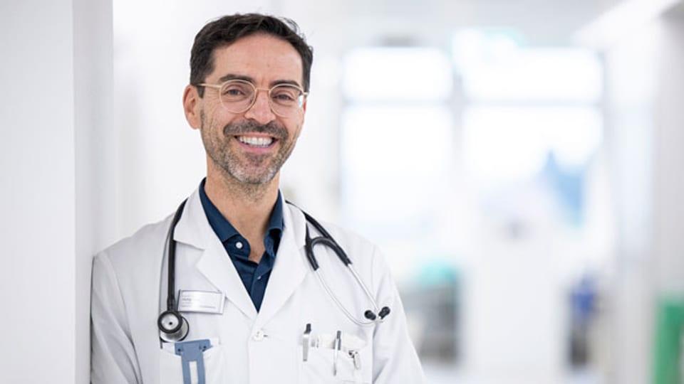 Der Basler Infektiologe Philip Tarr.