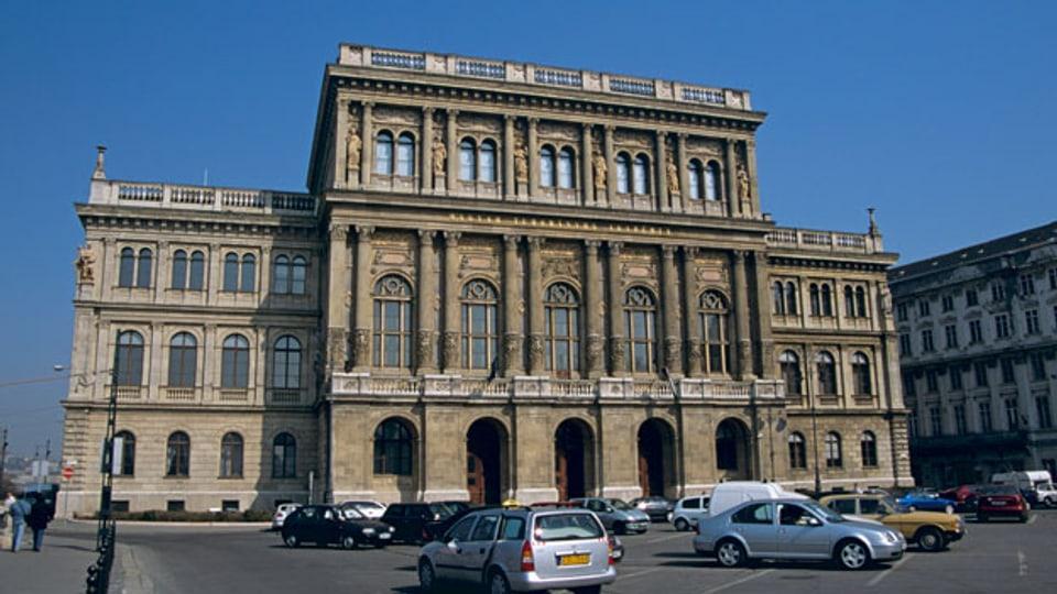 Symbolbild. Die Wissenschaftsakademie in Ungarn.