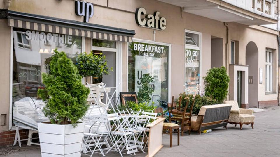 Ein geschlossenes Restaurant an der Berliner Kantstrasse.