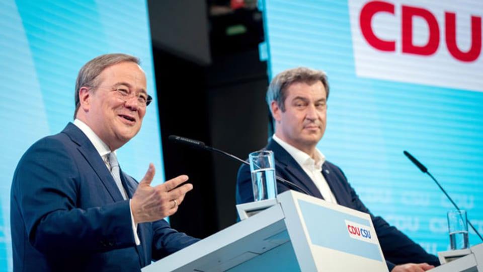 CDU und CSU haben sich auf ein Wahlprogramm geeinigt, ihre Vorsitzenden Armin Laschet (links) und Markus Söder haben es am Montag vorgestellt.