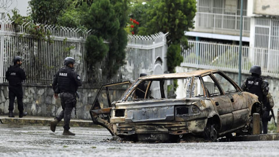 Mitglieder der Special Tactical Operations Unit im Stadtteil Cota 905 in Caracas, Venezuela.